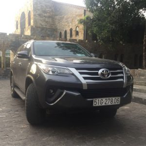 thue-xe-7-cho-fortuner-2